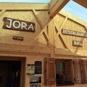 """Bettina Sturm, vom anderen FoodBlog """"Respekt Herr Specht!"""" liebt das Jora Mountain Dining in Innichen/ Pustertal in Südtirol – Liste: 5 kulinarische Tipps für Südtirol"""