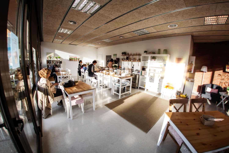 Cafe-eroeffnen-Barcelona-Bettina-Sturm-Dorothee-Elfring-interviewen-DSB-cafe (17 von 21)