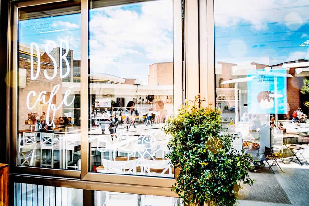 Cafe-eroeffnen-Barcelona-Bettina-Sturm-Dorothee-Elfring-interviewen-DSB-cafe (20 von 21)