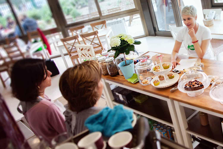 Cafe-eroeffnen-Barcelona-Bettina-Sturm-Dorothee-Elfring-interviewen-DSB-cafe (5 von 21)