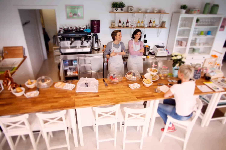 Cafe-eroeffnen-Barcelona-Bettina-Sturm-Dorothee-Elfring-interviewen-DSB-cafe (6 von 21)