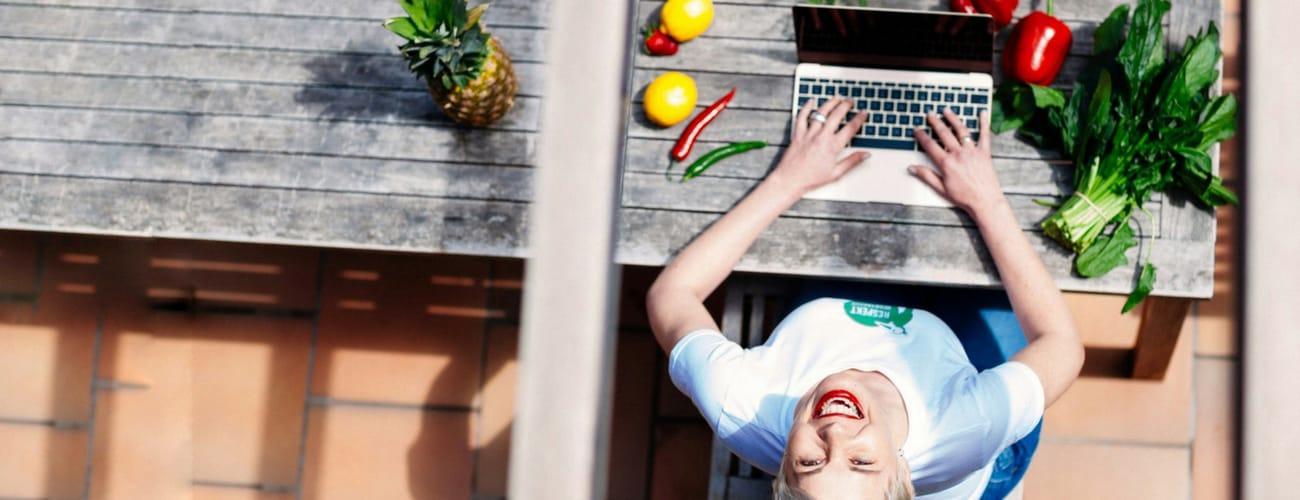 """Website Relaunch mit neuem Branding – ein Beispiel: Bettina Sturm von """"Respekt Herr Specht"""" ist mit neuem Auftritt am Start"""